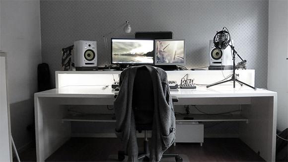 desk09
